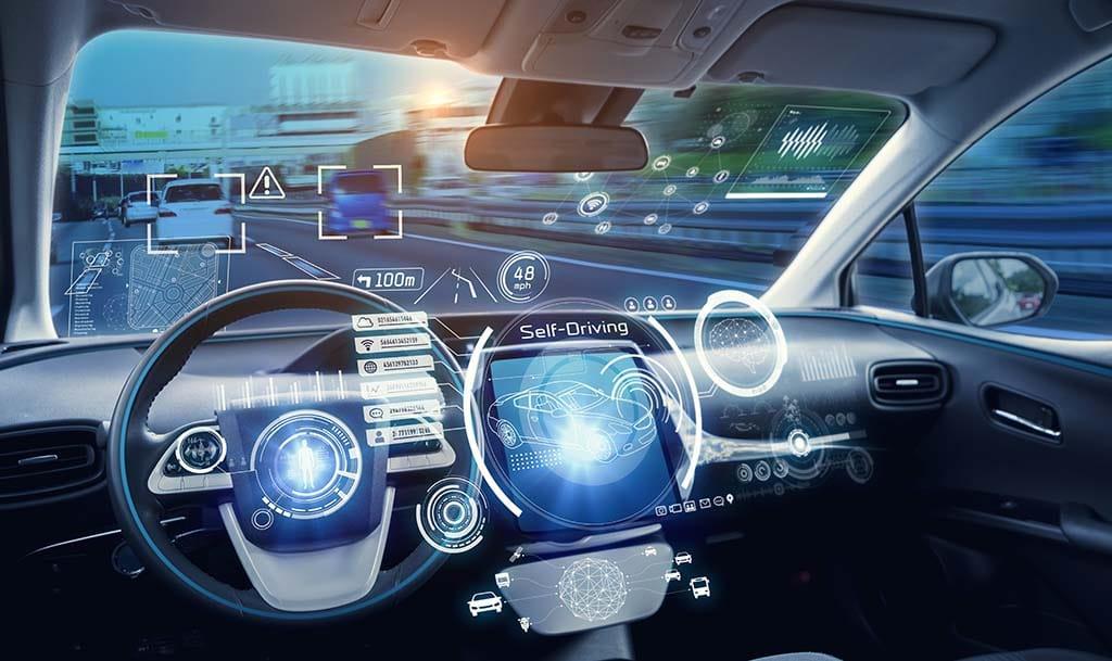 Tableau de bord futuriste d'un véhicule autonome